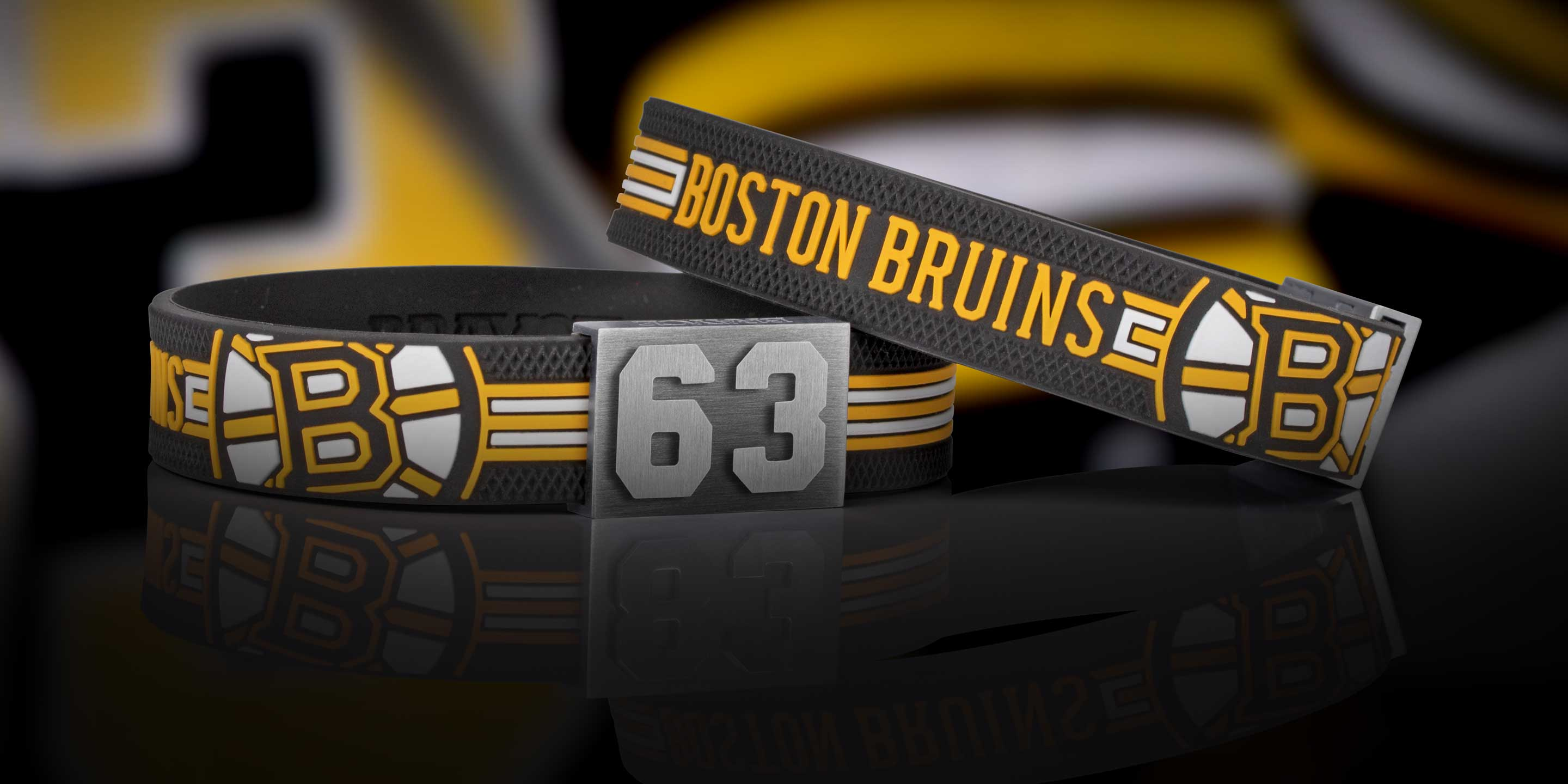 Boston Bruins bracelet with puck haptic